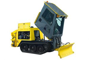 Easy access to mechanical components - RPM Tech sidewalk plow