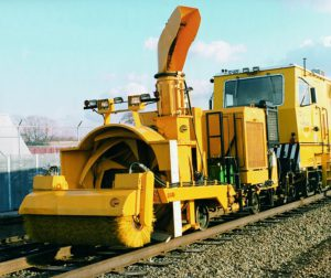 RSRS rapid snow removal system for railroads and light transit systems