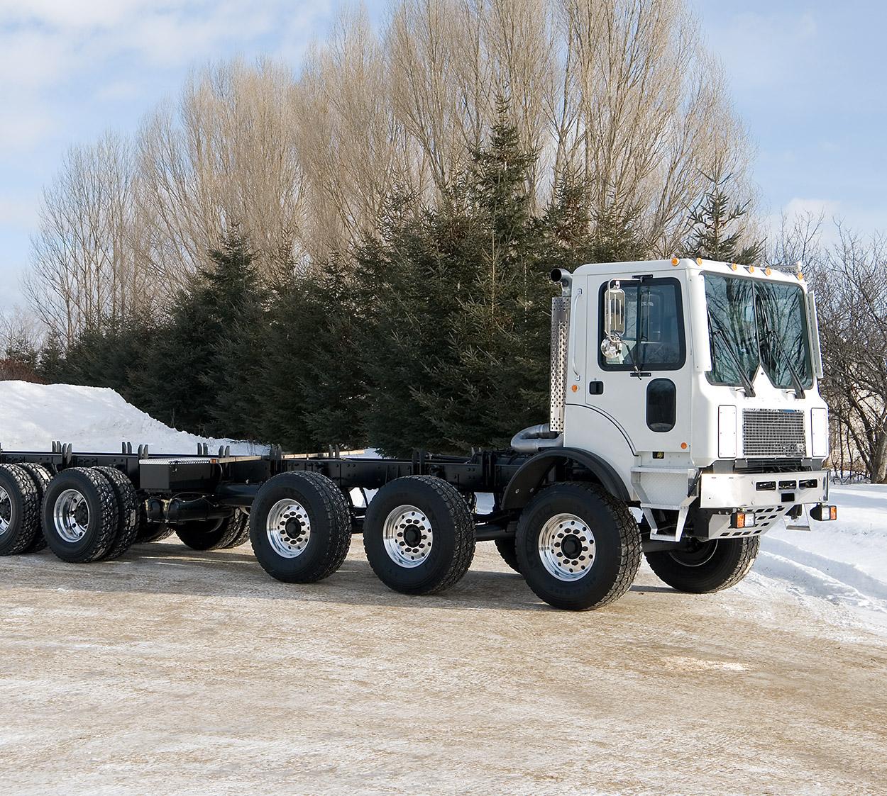 Concrete pump carrier | 7-axle custom TOR truck | RPM Tech